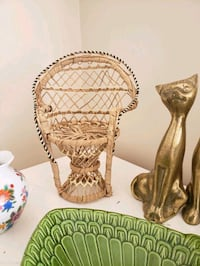 """Mini 8"""" tall vintage wicker peacock chair for doll or plant Madison Heights, 48071"""