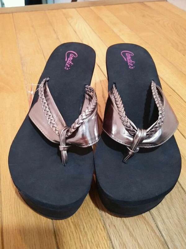 c57e1b292 Used Black Flip Flop Heels for sale in Westport - letgo