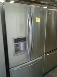 LG French doors refrigerator good condition