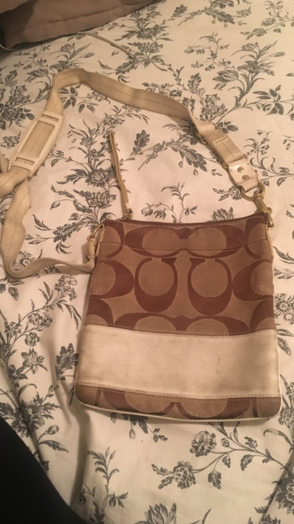 893e78bc55b4 Brown monogram coach crossbody bag