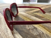 red framed black lens sunglasses İskenderiye, 22312