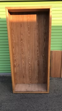 Brown wooden book shelf Bakersfield, 93309