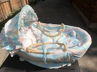 Baby Bassinet with  Comforter  Vaughan, L4L