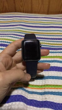 Apple watch series: 42 mm 8422 km
