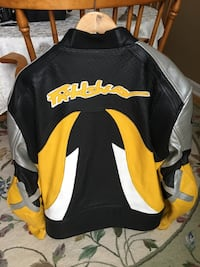 XL leather, fully padded, motorcycle jacket, great condition!