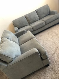 Couch & love seat. Like new! Frisco, 75034