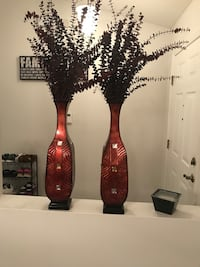 2 metal vase Palm Bay, 32907
