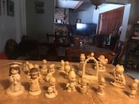assorted ceramic figurine collection lot Youngstown, 44514