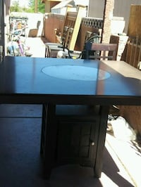 Dining room table with 5 chairs North Las Vegas, 89030