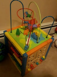 Toddler play cube