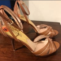 Pair of brown leather open-toe heels Worcester, 01609