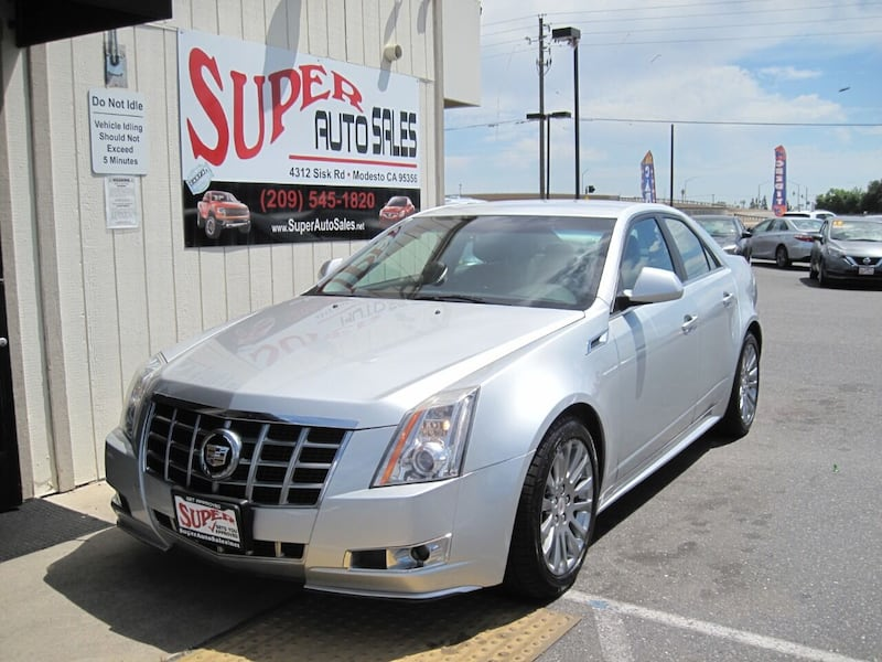 Cadillac-CTS-2013 4cecffc1-290d-40d7-9eec-a0e86dacbed3
