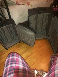 2 BLACK LUGGAGE NEW SMALL AND MEDIUM
