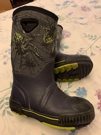 Cougar kids rubber boots youth size 3 Vaughan, L4H 0N1