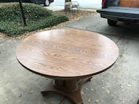 "48"" round pedestal table with 2 24"" leafs.  Winder, 30680"
