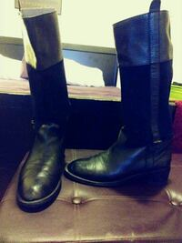 Womens size 10 Black suede/leather boots/only 25 Baltimore, 21218