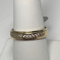 10k gold wedding band  Brampton