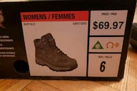 Size6 Workload Comfort X5 Womens Steeltoes CSA approved Toronto, M5R 2W8