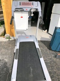 Treadmill in a good working condition Coquitlam, V3J