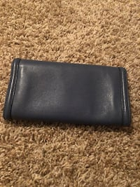 tory burch wallet Anchorage, 99507
