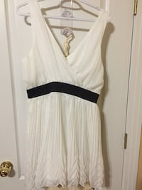 XL dress great for vacations Edmonton, T5Z 3E9