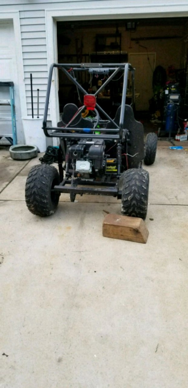 black and gray dune buggy