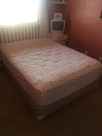 Full size bed frame w/mattress  Paso Robles, 93446