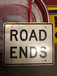Road ends metal road sign wall decor Lafayette, 70507