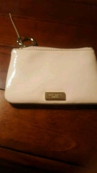 Kate spade pouch Mississauga, L5N