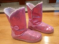 Girls size 1 sequence ugg like boots Edmonton, T5Z 3Z7