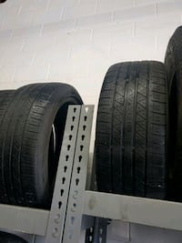 225 45 19 two tires runflat  Vaughan, L4L 3R7