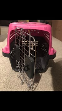 Pink and black pet carrier Orlando, 32805