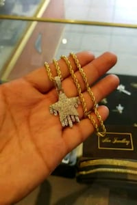10k gold rope chain with diamond star Toronto, M1K 1N8
