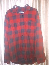 2 American Eagle flannel shirts. Size L. London, N6E 2B7