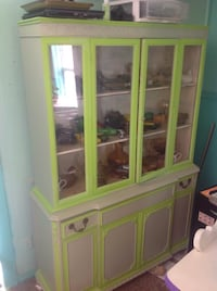 white and green wooden display cabinet Hopkinsville, 42240