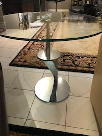Italian glass side table Toronto, M3M 2G5
