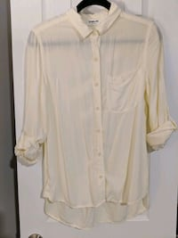 Sam&Lavi shirt. Size small. Pale yellow.  Fairfax, 22030