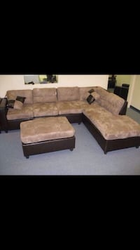 BRAND NEW SECTIONAL WITH MATCHING OTTOMAN  Melrose Park, 60160