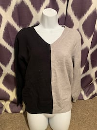 Black and Gray Sweater Papillion, 68046