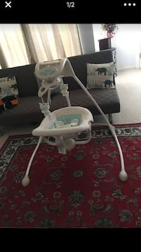 baby's white and gray highchair Herndon, 20171