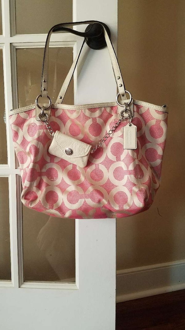 ca352d2921f5 Used white and pink Coach leather tote bag for sale in Fredericksburg -  letgo