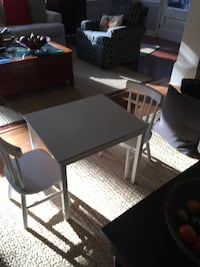 Child's Table with2 chairs Griffin, 30224