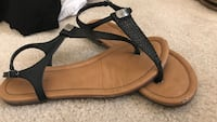 Pair of black-and-brown leather sandals Las Vegas, 89183