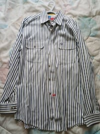 Wrangler Cowboy Collection Button Down Medium  Edmonton, T5J 4S2