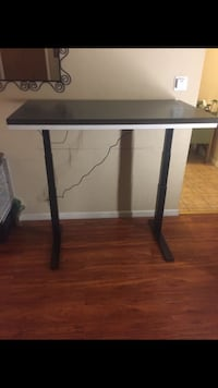 Sit down stand up electric had adjustable tables San Leandro, 94578