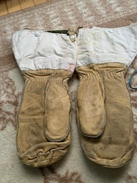 artic mittens good used condition$30.00 Calgary, T3G 4X3
