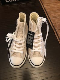 Converse Shoes size 4 Manassas, 20136