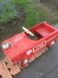 1940-1950 Antique pedal car Fairfax, 22031