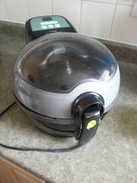 Like New Tefal Actifry Express 1 kg Maple Ridge, V2W 1H6