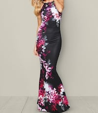 Gown - Fitted, Mermaid Formal Dress XS-SM Vancouver, V6C 3L1